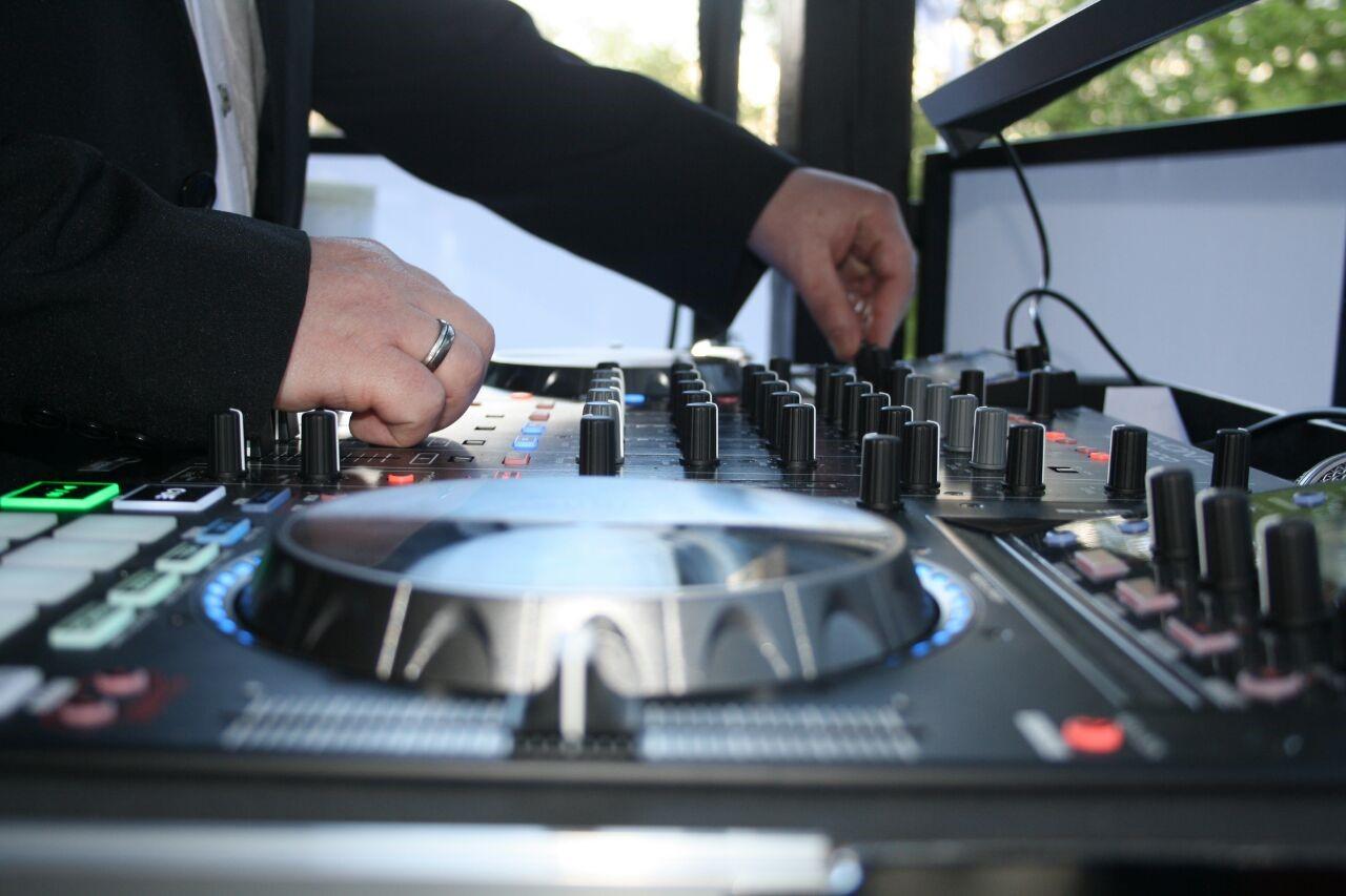 DJ GaagStar am Mixer